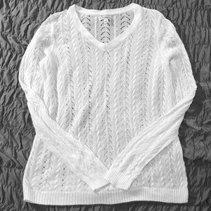 Croft & Barrow size large white sweater thin